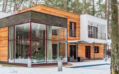 Parduodamas namas Nemenčinės pl., Valakampiai, Vilniaus m., Vilniaus m. sav., 396 m2 ploto, 2 aukštai