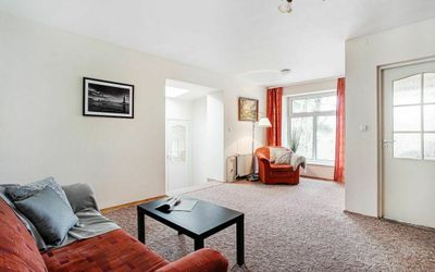 Parduodamas 3-jų kambarių butas su nuosavu kiemu ir atskiru įėjimu Turniškėse, 89 kv.m ploto