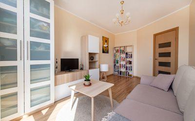 Parduodamas jaukus, jaunatviškas 2 kambarių butas Fabijoniškėse