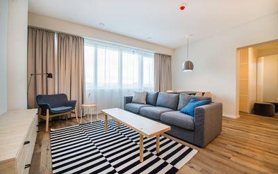 Parduodamas pilnai įrengtas butas su baldais Konstitucijos pr., Šnipiškėse, Vilniuje, 53.84 kv.m ploto