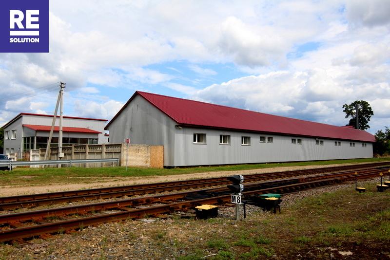 Parduodamas pastatų kompleksas šalia geležinkelio