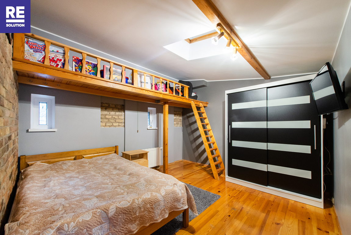 Parduodamas 4 kambarių butas tribučiame name Šeimyniškių g. nuotrauka nr. 12