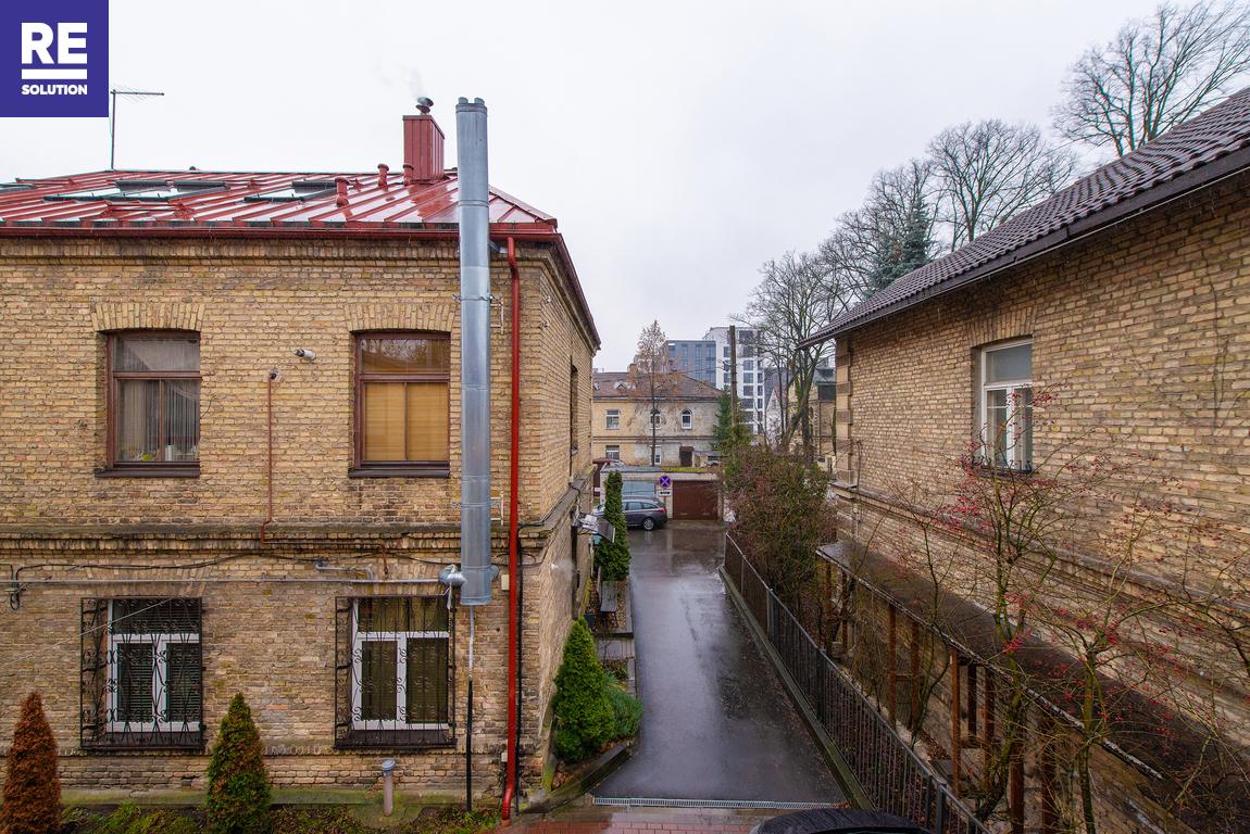 Parduodamas 4 kambarių butas tribučiame name Šeimyniškių g. nuotrauka nr. 16