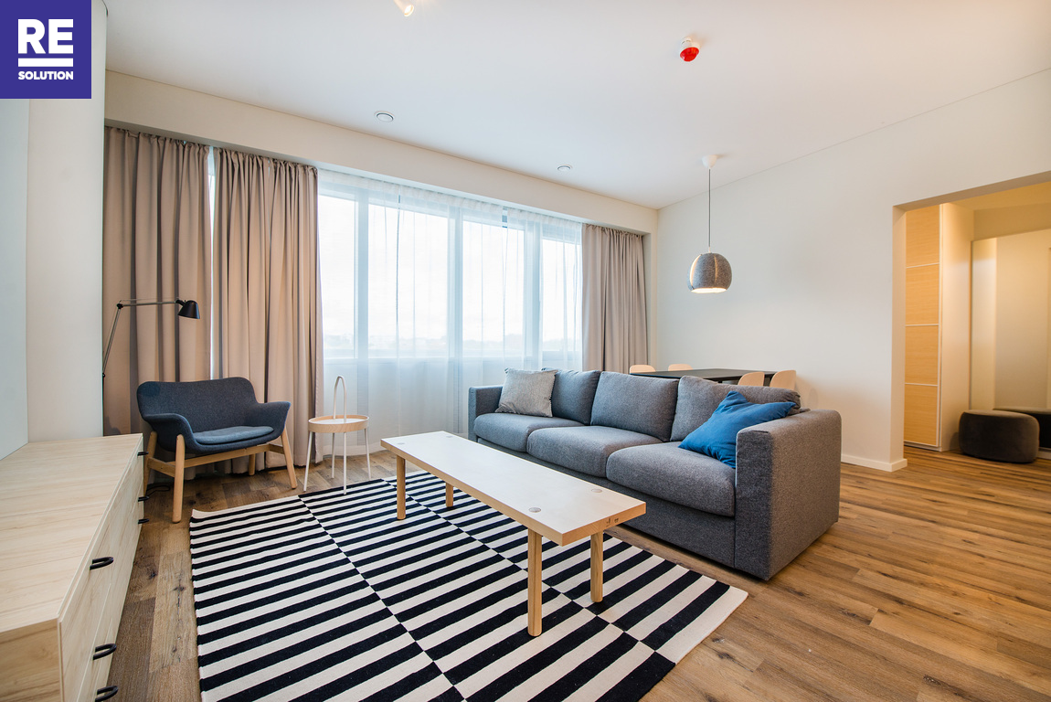 Parduodamas pilnai įrengtas butas su baldais Konstitucijos pr., Šnipiškėse, Vilniuje, 53.84 kv.m ploto nuotrauka nr. 2