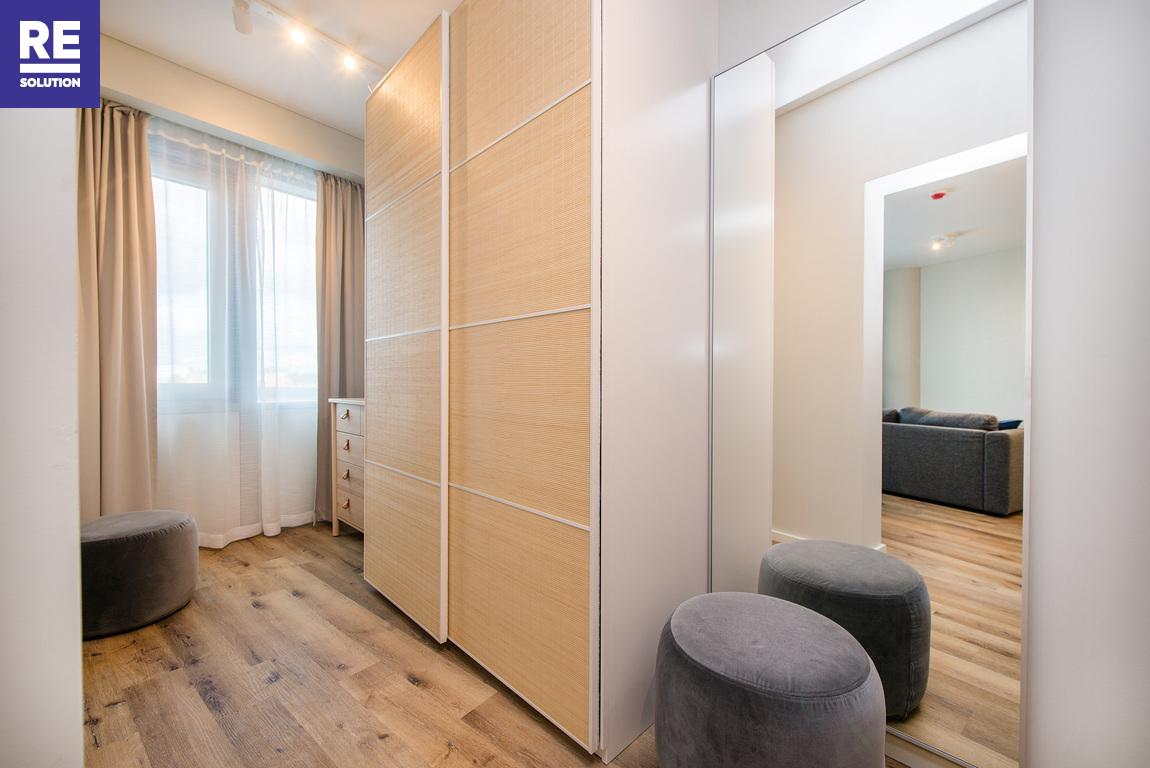 Parduodamas pilnai įrengtas butas su baldais Konstitucijos pr., Šnipiškėse, Vilniuje, 53.84 kv.m ploto nuotrauka nr. 8