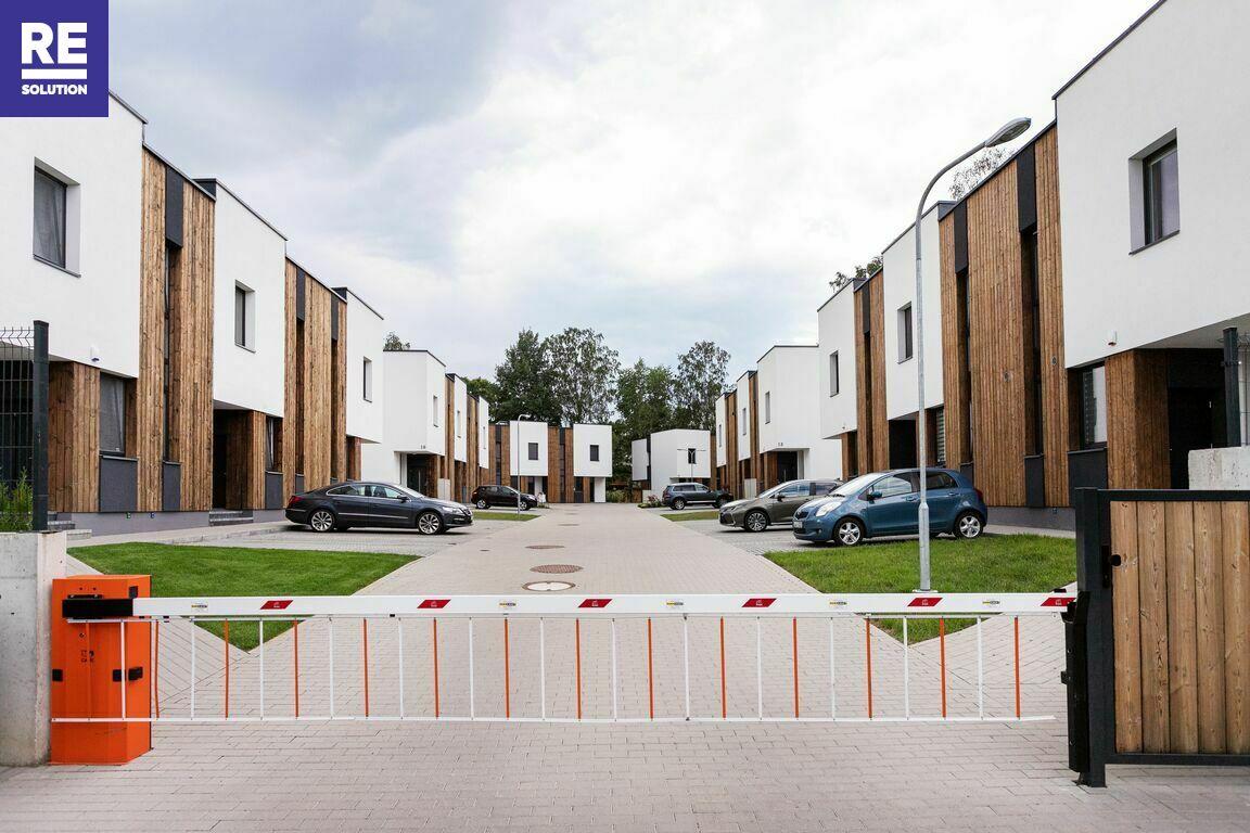 Parduodamas kotedžas  Pilaitėje, Vilniaus m.,  101 m2 ploto, 2 aukštai