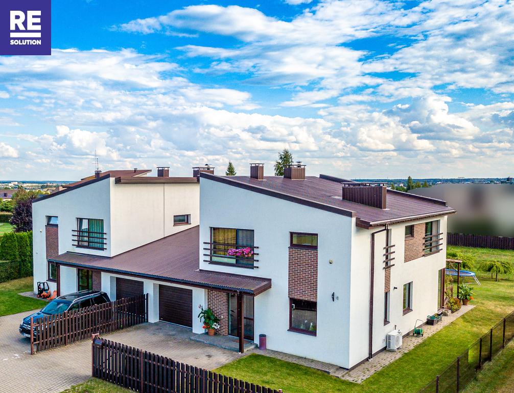 Parduodamas namas Svyronės g., Paneriuose, Vilniuje, 200 kv.m ploto nuotrauka nr. 1