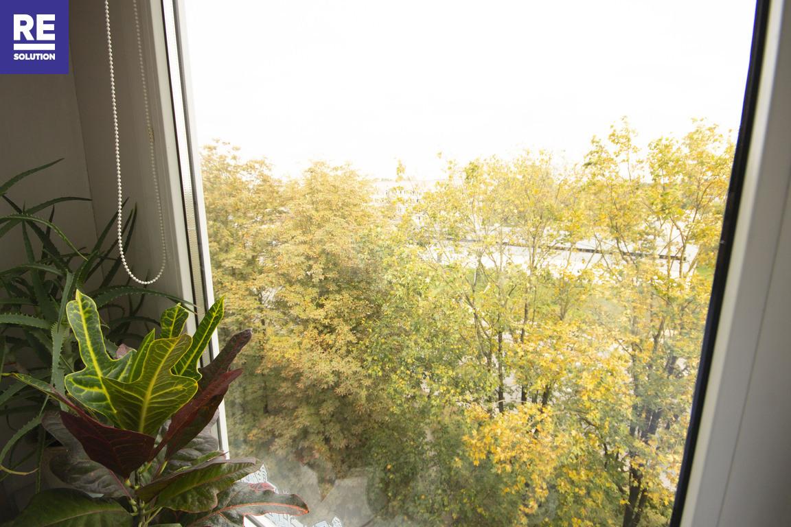 Parduodamas tvarkingas 2 kambarių butas Dariaus ir Girėno g., Vilniuje